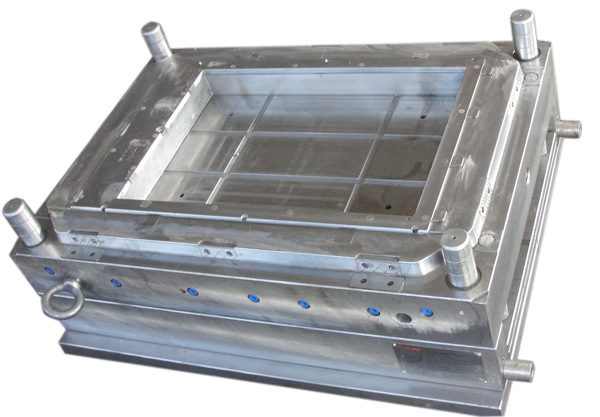 Personal cooler mould-008